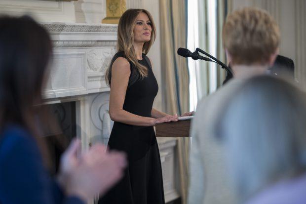 Melania Trump a găzduit primul eveniment la Casa Albă. Prima Doamnă a SUA se bucură de o popularitate tot mai mare