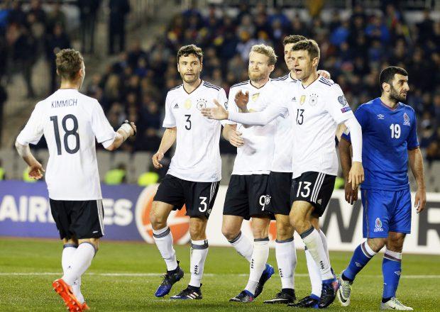 Nemţii exultă după golul marcat de Mario Gomez