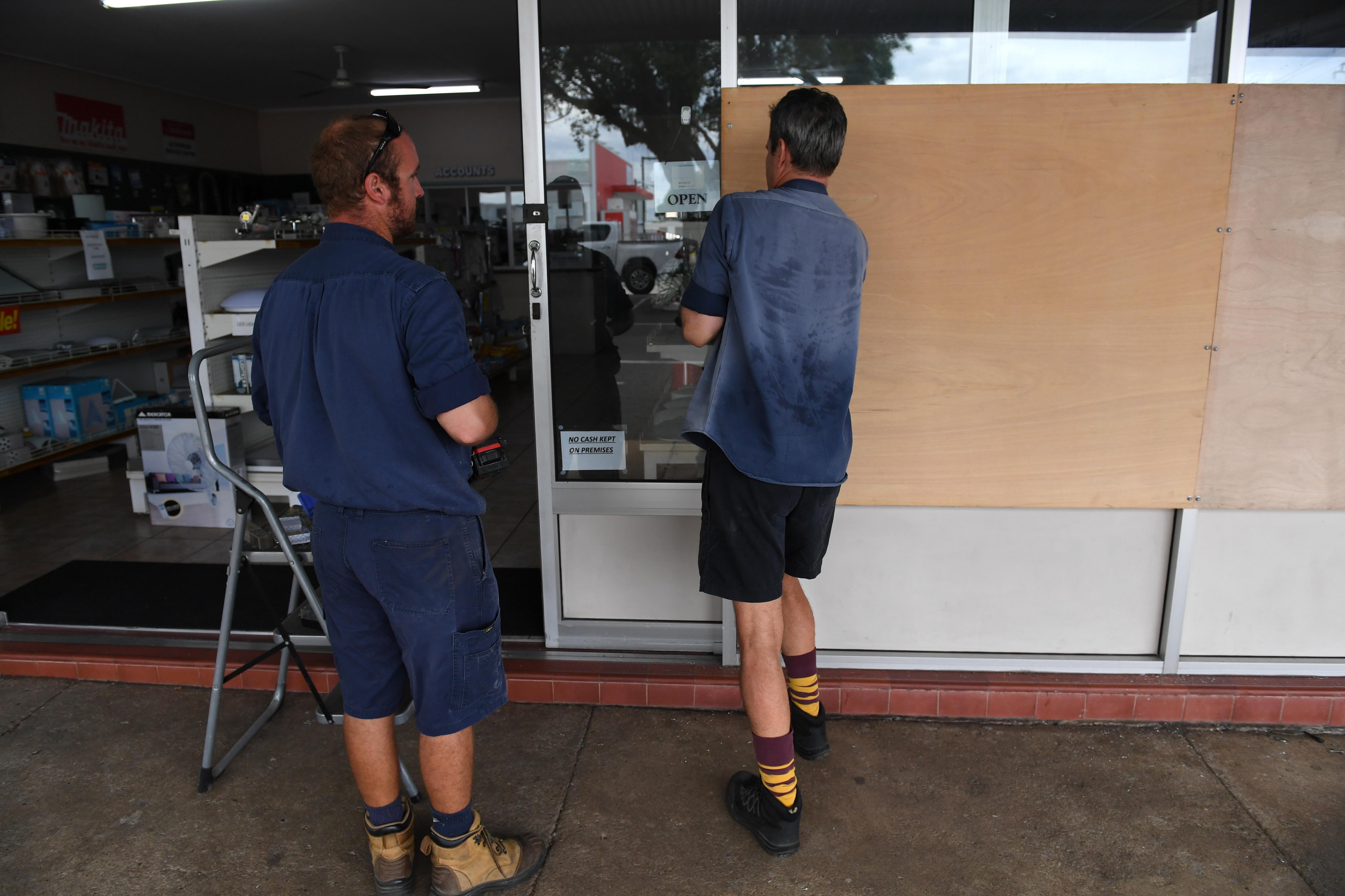 Australia se pregătește de cel mai puternic ciclon din ultimii șase ani. Peste 3.500 de oameni au fost evacuați