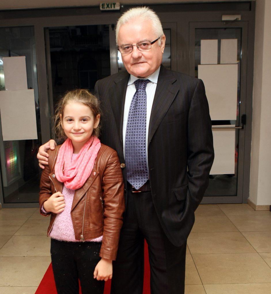 Irinel Columbeanu, alături de fiica sa, Irinuca