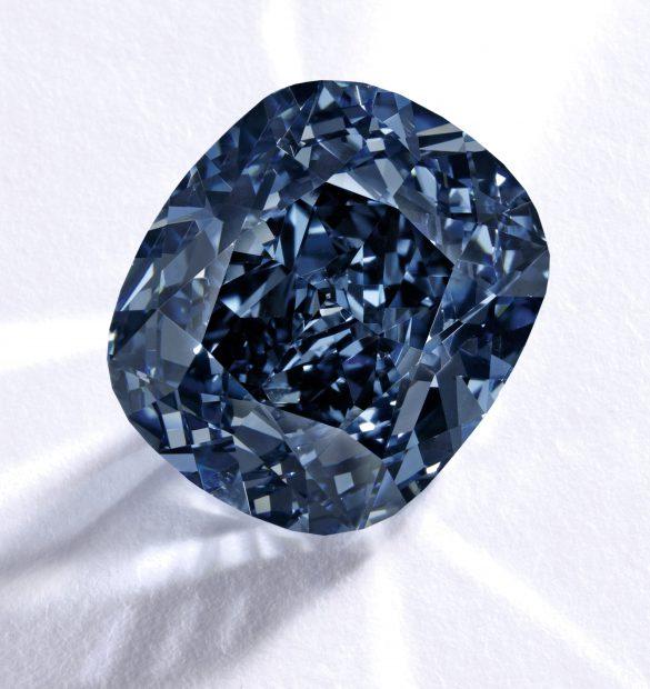 Diamantul The Blue Moon