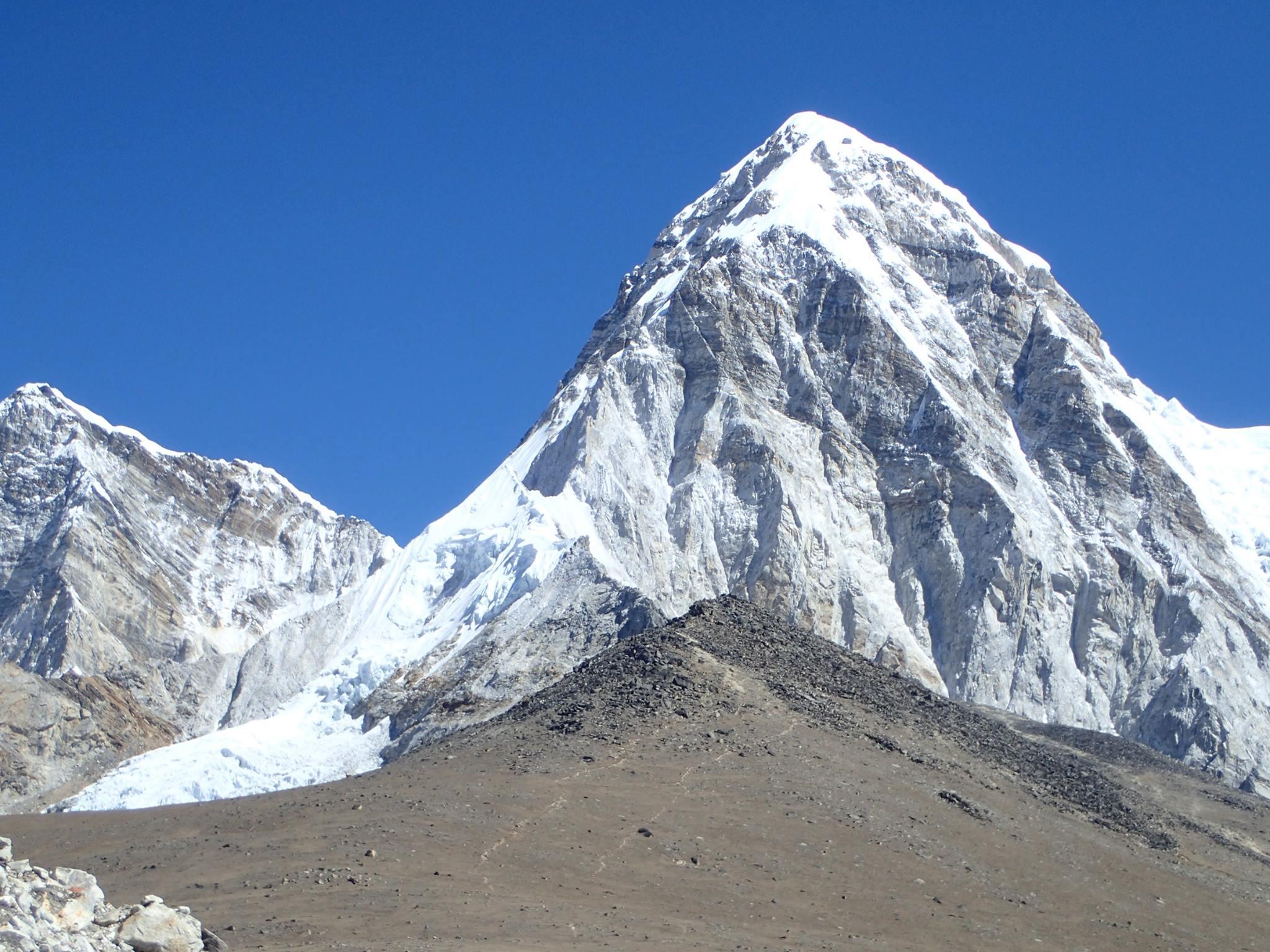 Vârful Pumori 7.161 metri