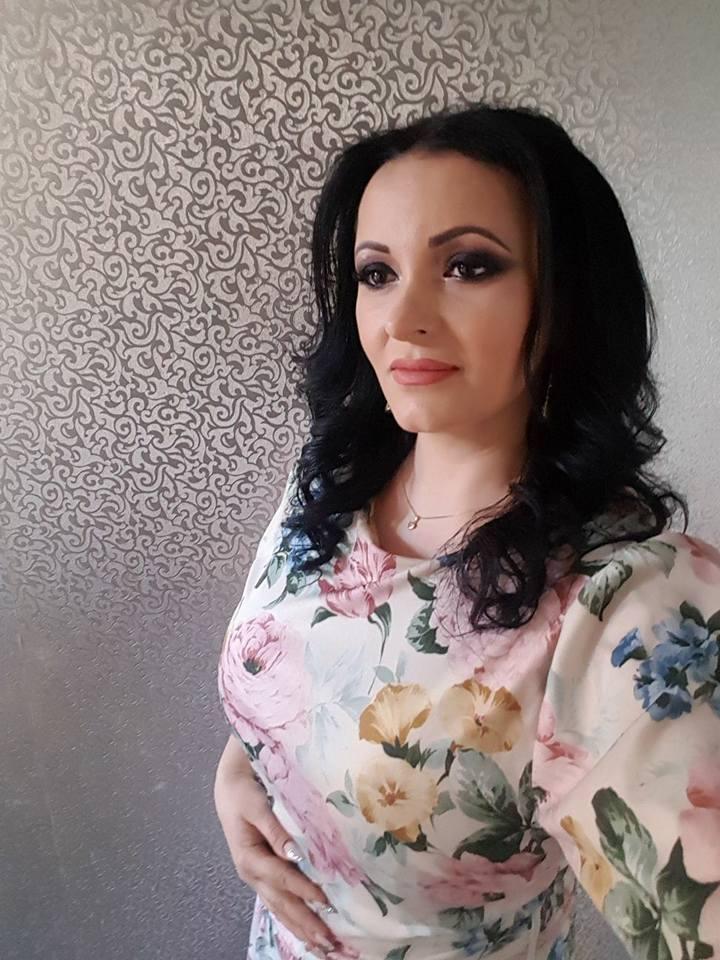 Silvana Rîciu a primit o rochie de-a Ilenei Ciuculete. Cum arată îmbrăcată cu ea | FOTO