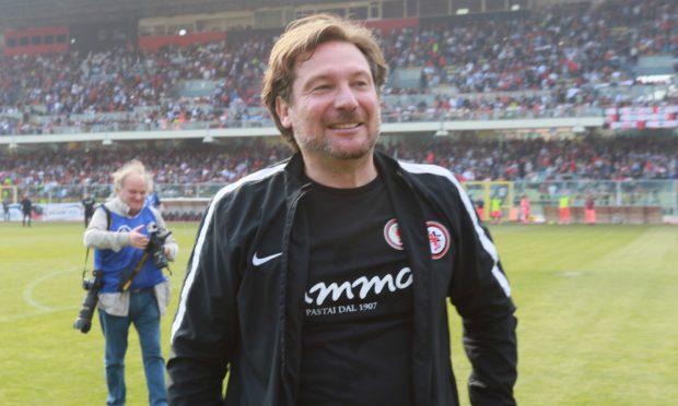 Foggia, fosta echipă a lui Dan Petrescu, revine în Serie B după o absență de 19 ani