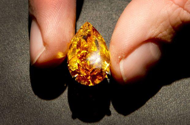 Diamantul The Pink Star a stabilit un nou record mondial de preț. Topul celor mai scumpe diamante din lume