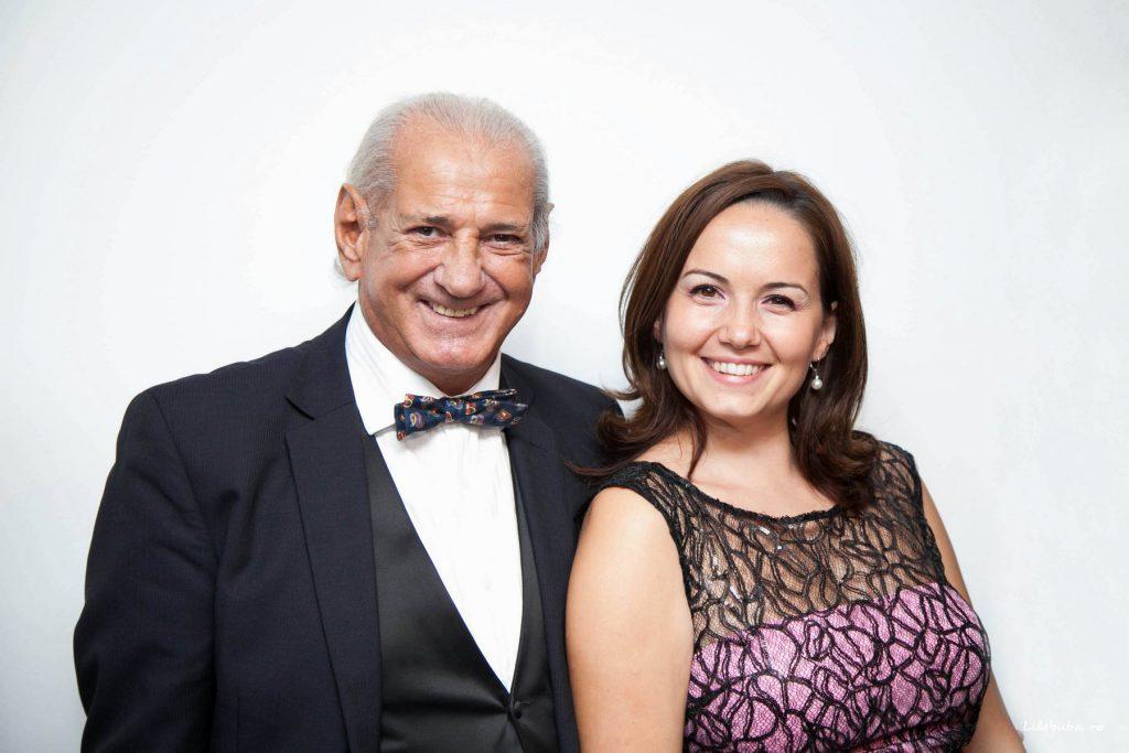 """Cel mai cunoscut muzician român de pe planetă, Gheorghe Zamfir a împlinit 76 de ani. """"Cum trec anii!"""""""