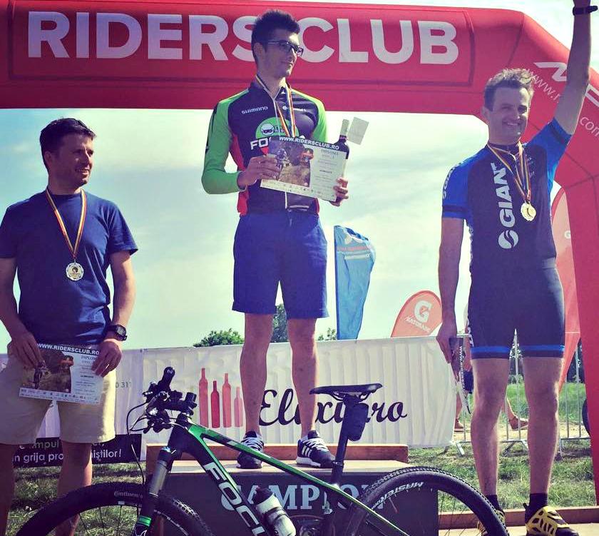 EXCLUSIV/ Sorin Brotnei s-a descoperit sportiv la 36 ani. A investit 10.000 de euro în două biciclete!