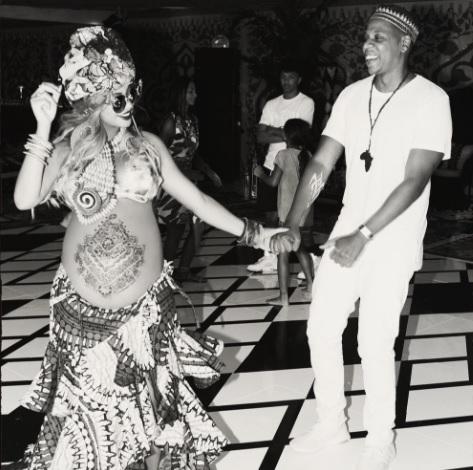Beyonce urmează să nască. A dat deja petrecerea pentru gemeni  | FOTO