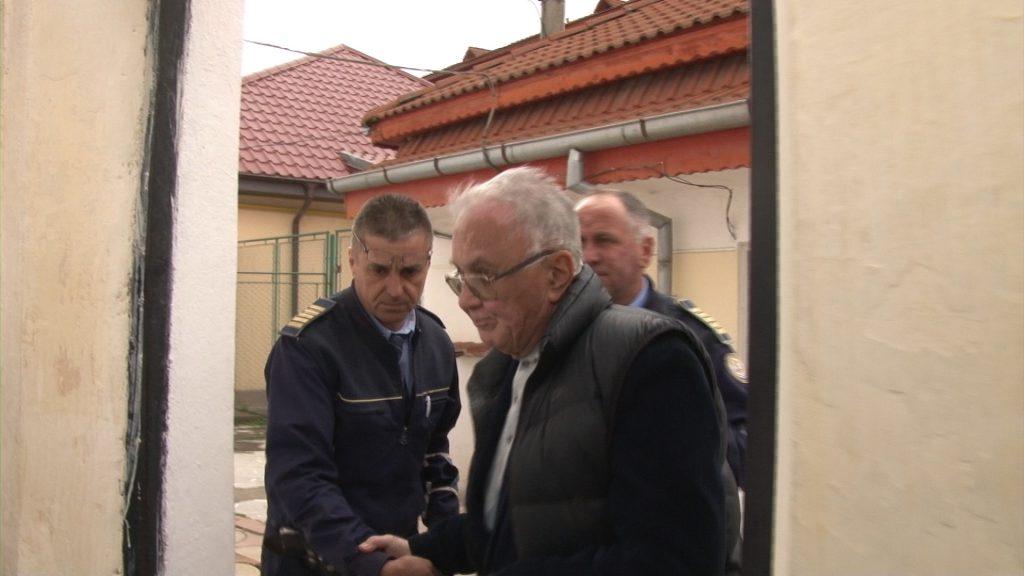 """EXCLUSIV/ Condiții de Clasa I în singura pușcărie """"de lux"""" din România. Cum trăiesc milionarii infractori în celulele de la Găești"""