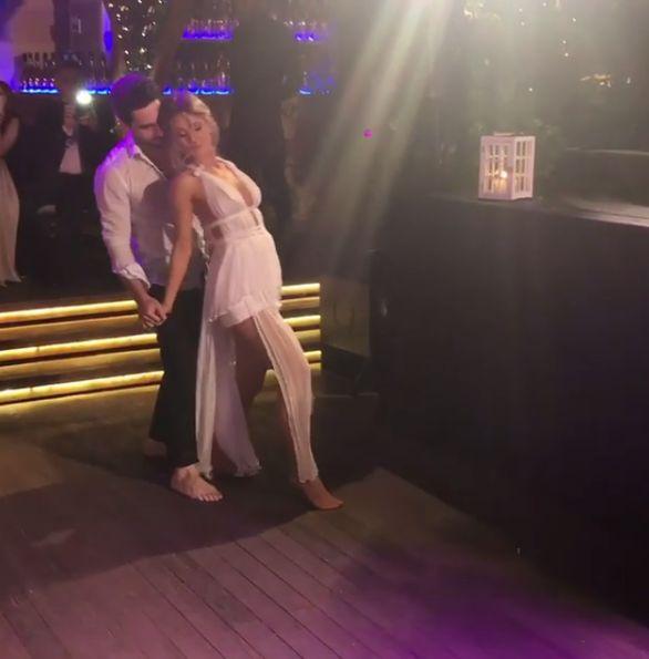 Sora Deliei și soțul ei au făcut un super dans al mirilor la nunta lor. S-au mișcat ca niște profesioniști | VIDEO