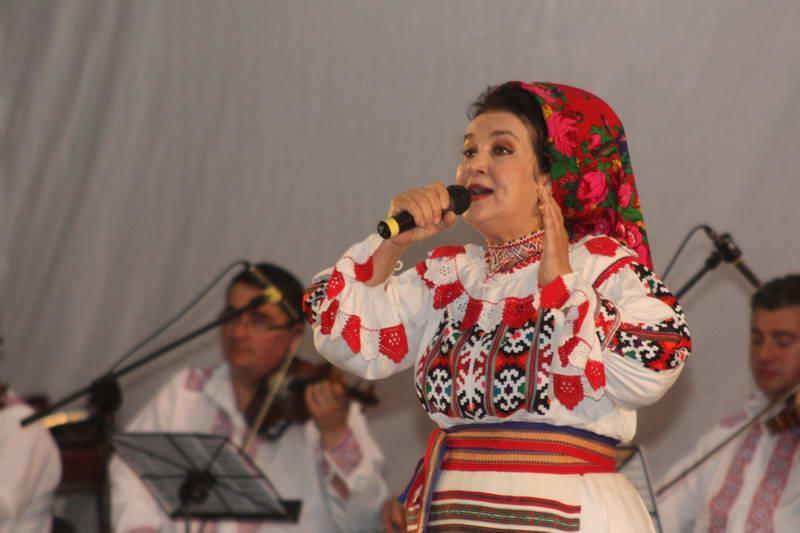 Florica Bradu
