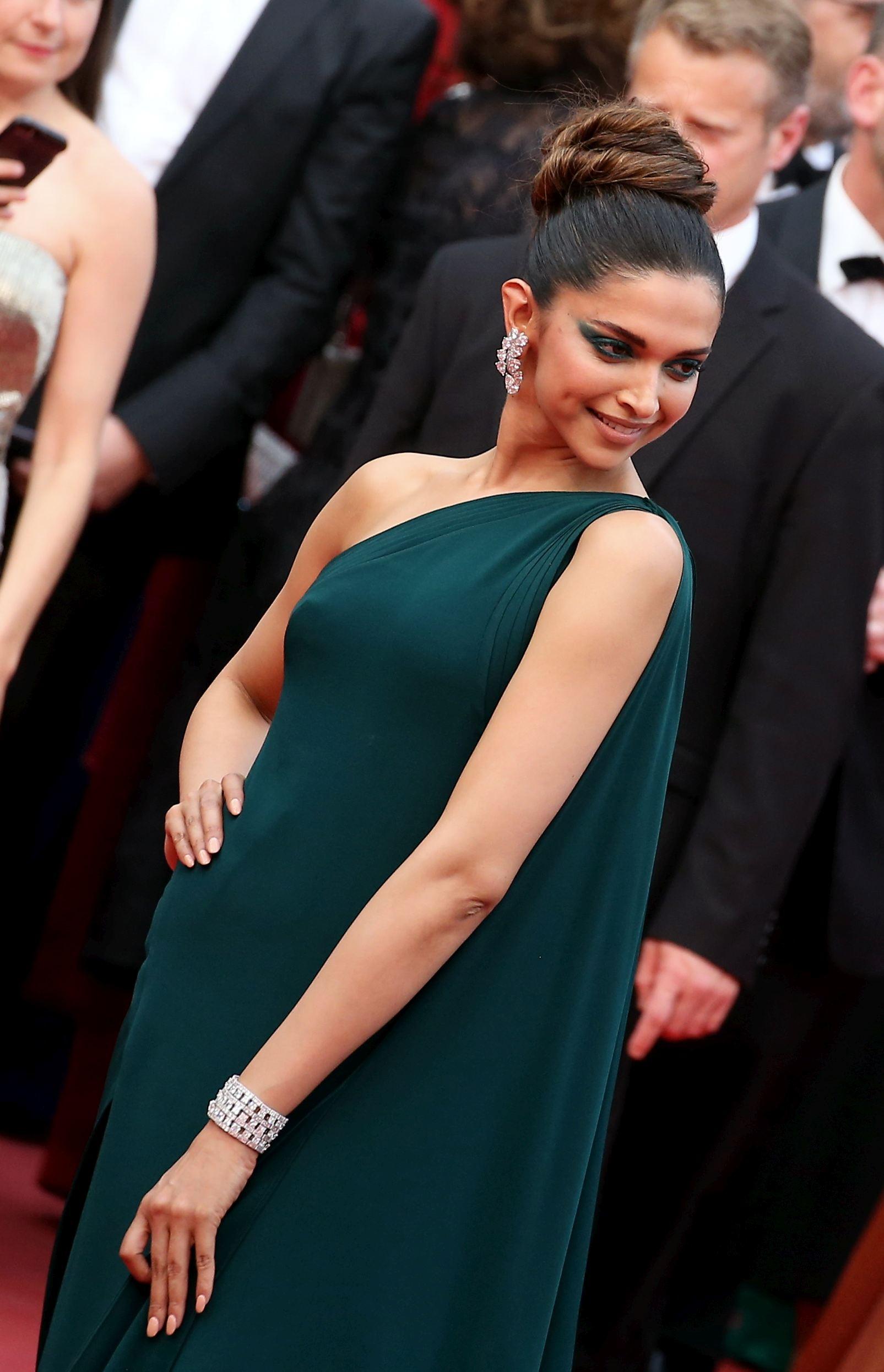 FOTO | Cele mai spectaculoase bijuterii de la Cannes ...