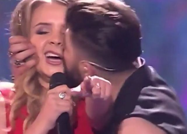 Ce spune Alex Florea despre sărutul pe care i l-a dat Ilincăi în finala Eurovision 2017. Sunt sau nu un cuplu?