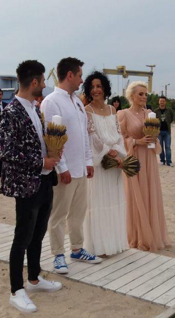FOTO EXCLUSIV/ Dovada că Jojo și Paul Ipate s-au căsătorit! Octavian Strunilă și Oana Botez i-au luat nași cu acte în regulă