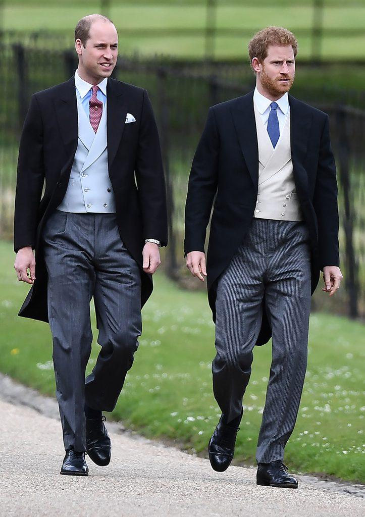 Prințul William și Prințul Harry sosesc la nunta lui Pippa Middleton