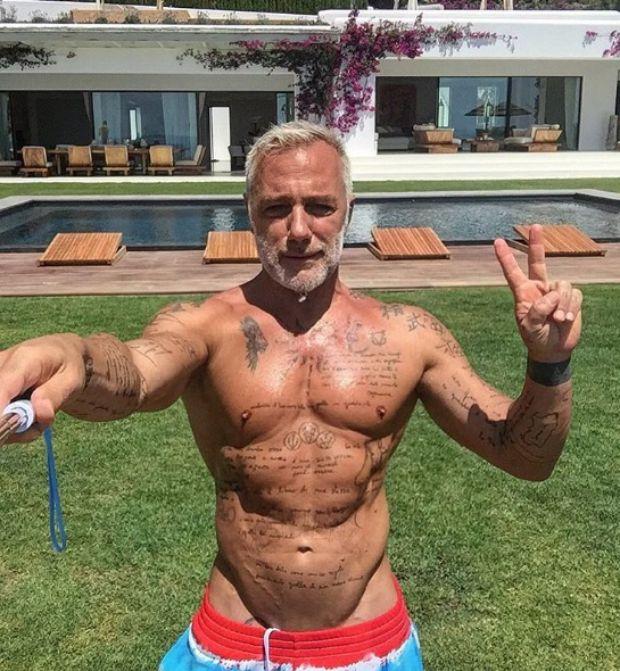 Gianluca Vacchi are 49 de ani, dar arată senzațional. Care este secretul pătrățelelor excentricului milionar italian | VIDEO