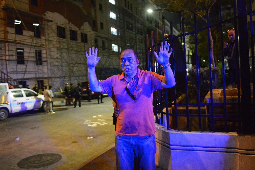 Explozii și focuri de armă într-un hotel din Manila