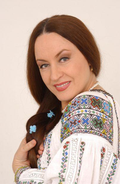 Părul Mariei Dragomiroiu e dorit în reclame