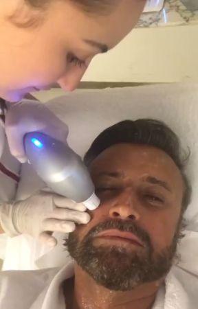 Cătălin Botezatu și-a făcut lifting facial. Efectul durează un an