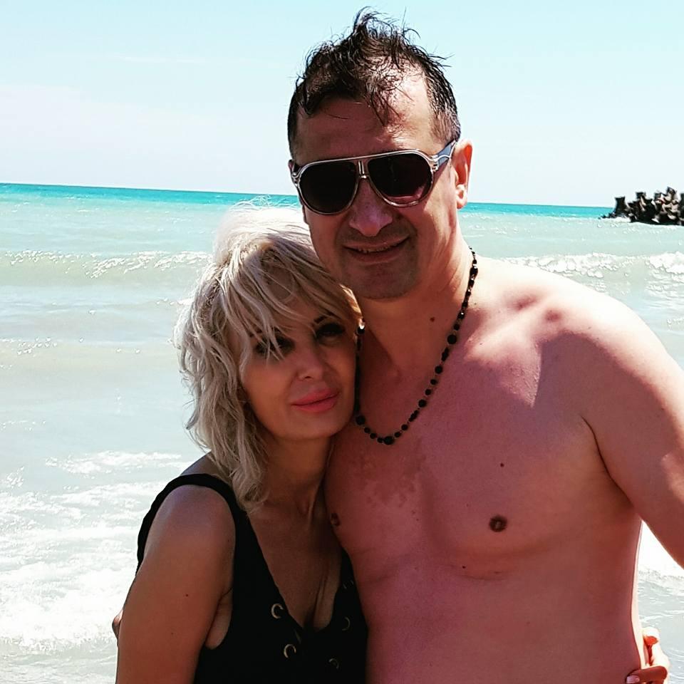 Daniela Gyorfi, în costum de baie. Cum a fot surprinsă în vacanța de pe litoralul românesc | FOTO