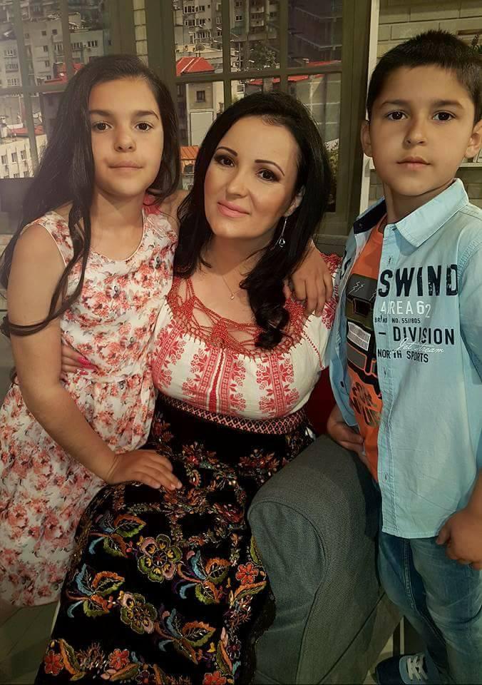 Silvana Rîciu își aniversează fiul. Mesajul de suflet al interpretei de muzică populară | FOTO