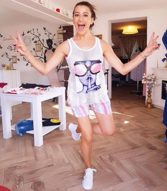 Claudia Pătrășcanu a ajuns la 56 de kilograme după ce a născut a doua oară. Cum arată artista acum