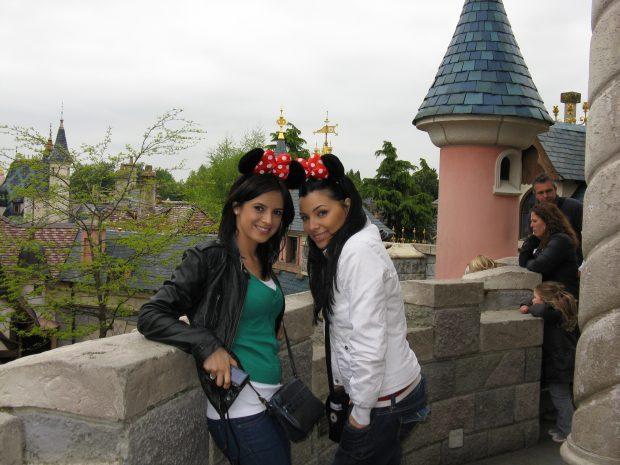 Corina Caragea și Ramona Păun la Disneyland