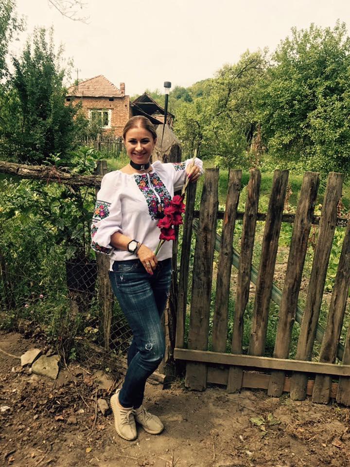 VIDEO/ Fermierii au dat, Anamaria Prodan a luat. Rezultat: s-a îngrășat