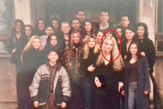 """Imagine de colecție cu Bianca Drăgușanu din liceu. """"Oricum nu te recunoaște nicunul dintre colegi"""". Cum arăta vedeta atunci"""