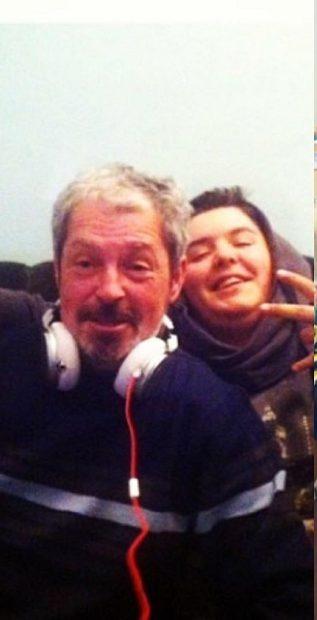 """Tatăl fiului """"adoptat"""" al lui Alex Velea a murit. Lino suferă cumplit. """"Îți mulțumesc pentru tot"""""""