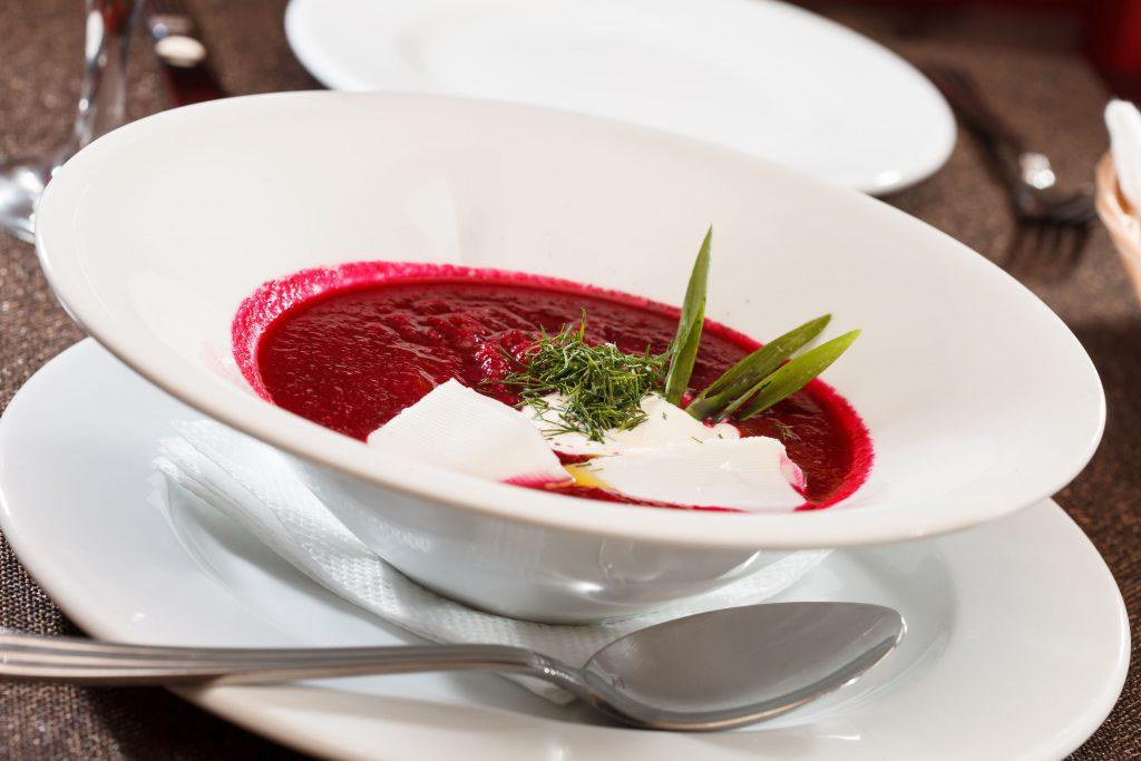 supă de sfeclă roșie