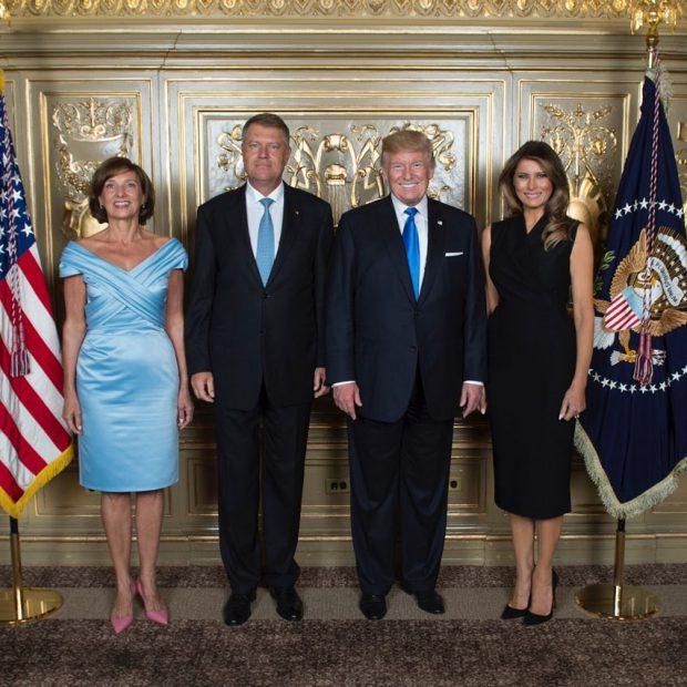 Rochiile lui Carmen Iohannis i-au atras privirile și lui Donald Trump