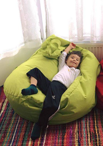 Băiețelul Cristinei Bălan își sărbătorește ziua numelui. Imaginea cu Toma care făcut senzație în mediul virtual