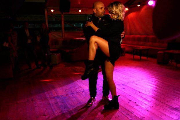 Gina Pistol a pregătit dansul mirilor. Cine a ajutat-o și cum a ieșit totul