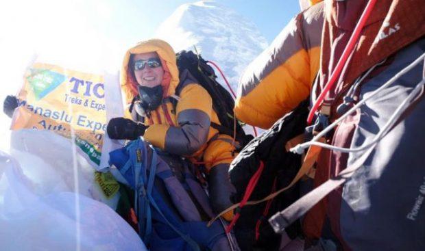 Fără pic de experiență, un român a escaladat Everestul în scop caritabil. Pentru cine și-a riscat viața