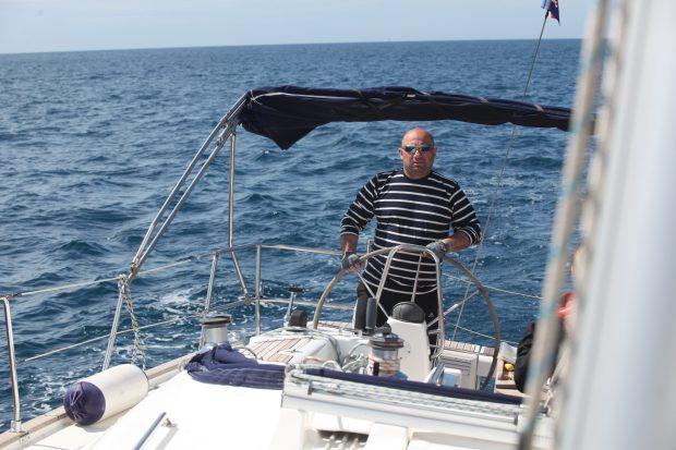 chef catalin scarlatescu cu barca