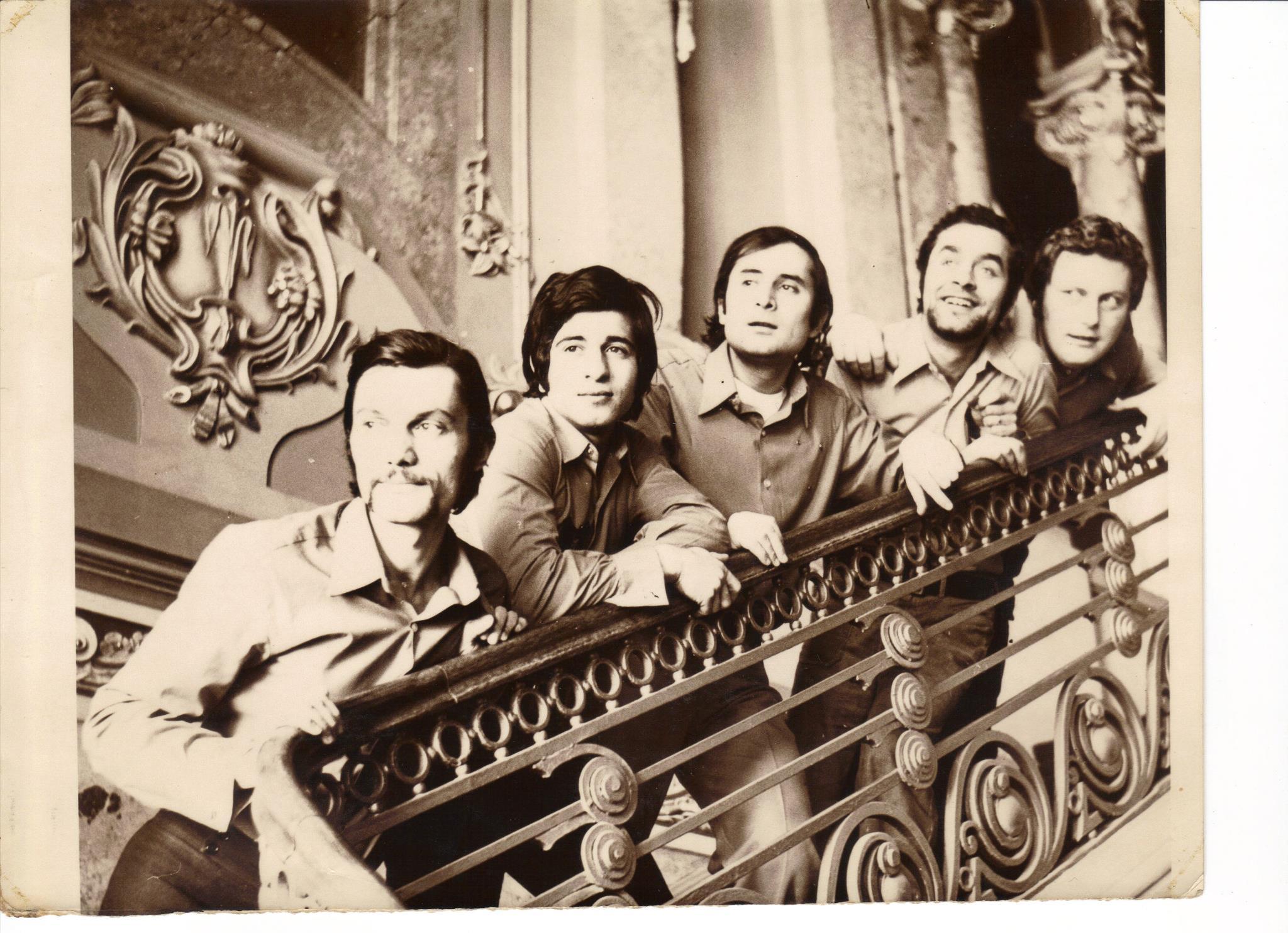 """EXCLUSIV/ Alexandru Vilmanyi, compozitorul preferat al lui Nicu Ceaușescu, de la o viață în lux la """"coada vacii"""". S-a mutat la țară și crește animale"""