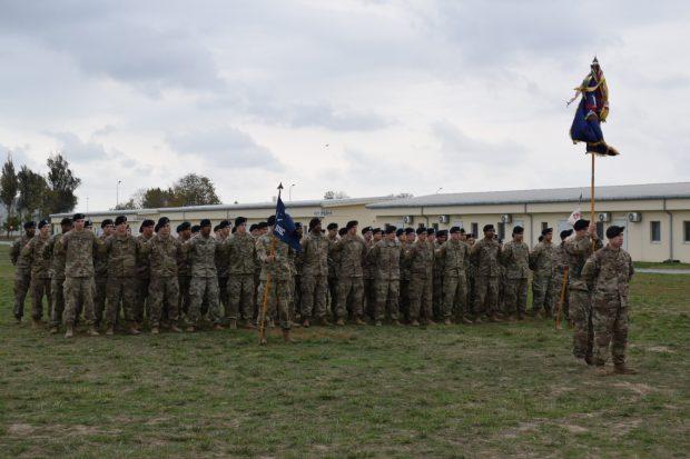 Ceremonia de primire a detașamentului american
