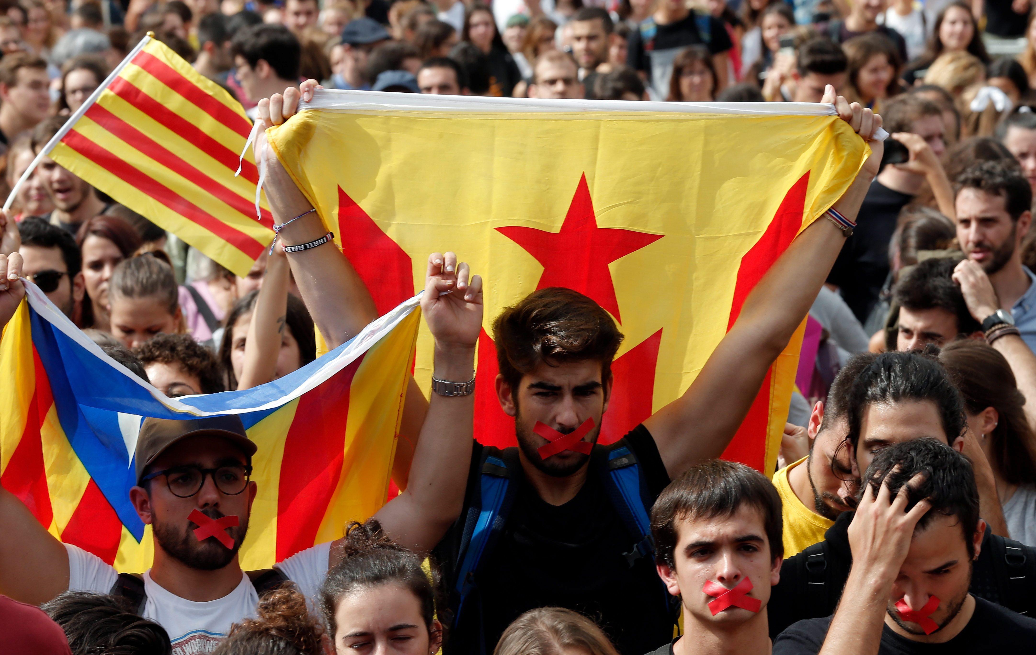 Imagini pentru catalonia and tinutul secuiesc