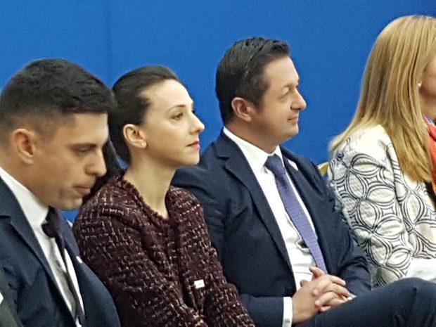 """Campionii României vor merge în școli; Andreea Răducan: """"Am văzut în școli fetițe mai dezvoltate decât mine, cu multe kilograme în plus"""""""