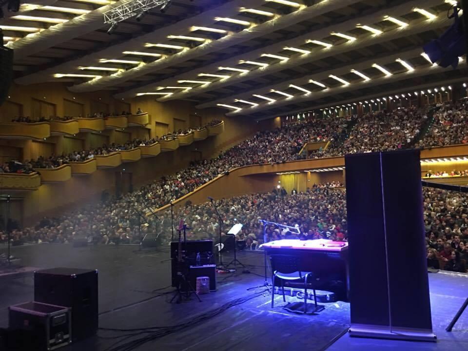 Record în istoria Sălii Palatului! De aseară,  timp de 7 ore și jumătate aproape 50 de soliști au concertat în memoriam Adrian Pănuescu