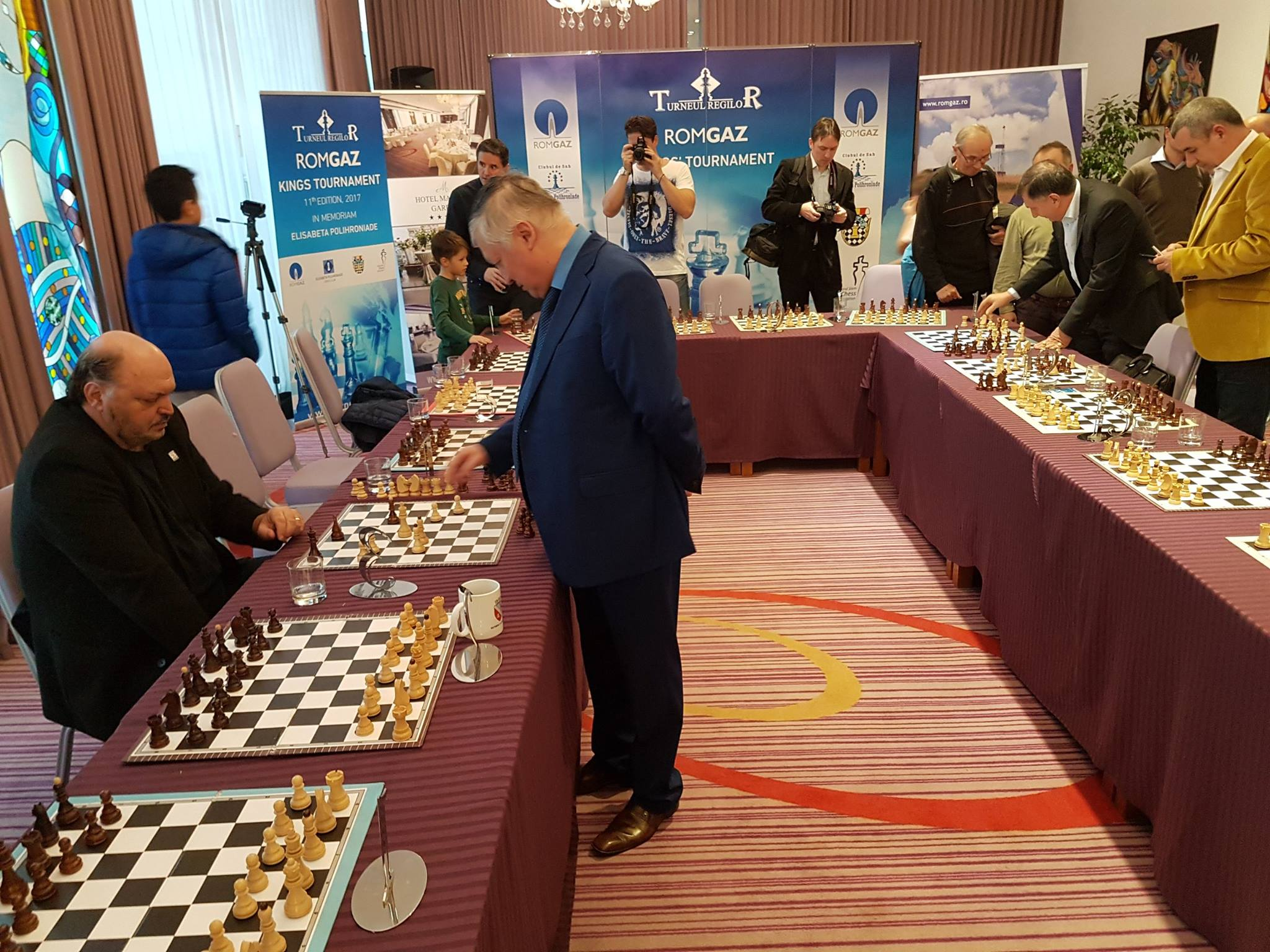 """VIDEO/ Victor Socaciu, confruntare cu maestrul de șah Anatoly Karpov. """"M-a bătut, însă am fost ultimul învins!"""""""