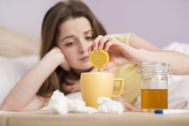 Cum scapi de răceală. 5 remedii naturale de la bunica