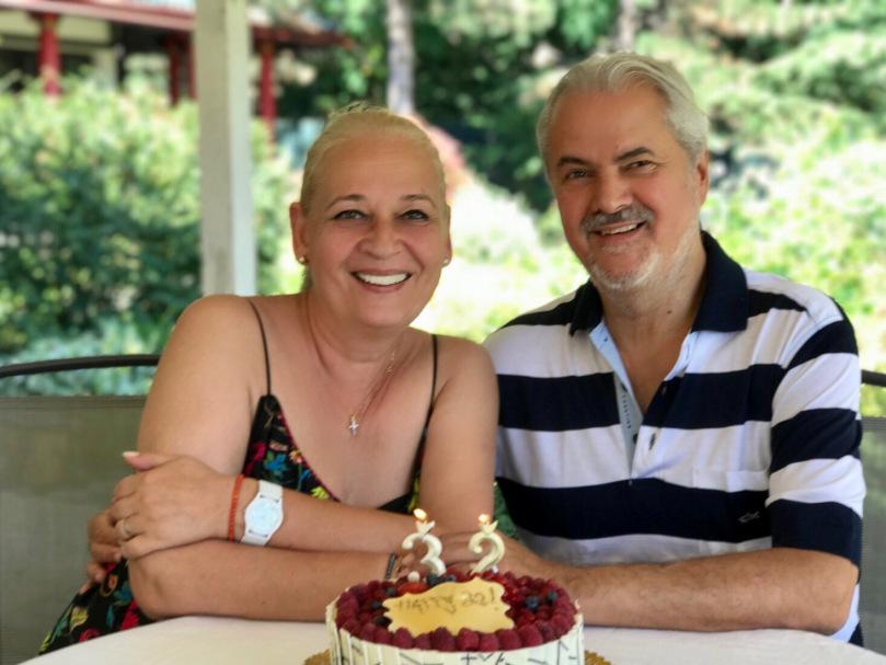 Cine a fost prima soție a lui Adrian Năstase. Pe Dana o cunoaște toată lumea, pe Ilinca foarte puțini o știu | FOTO