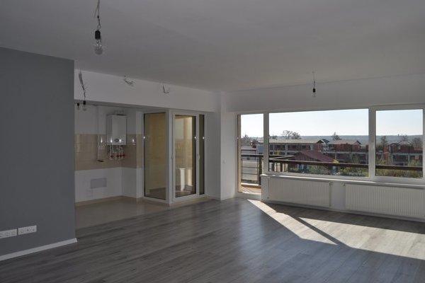 Apartament cu 3 camere de vânzare în Corbeanca