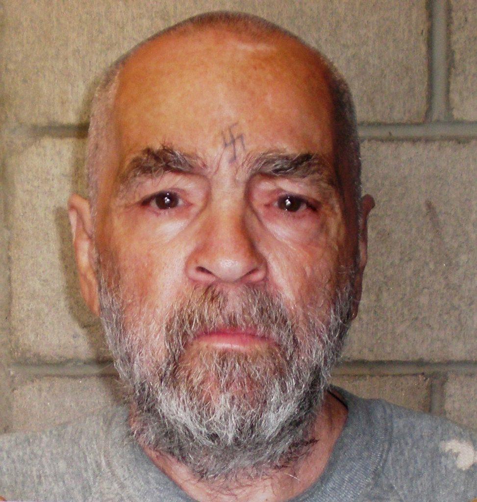 Charles Manson, povestea celui mai cunoscut criminal în serie