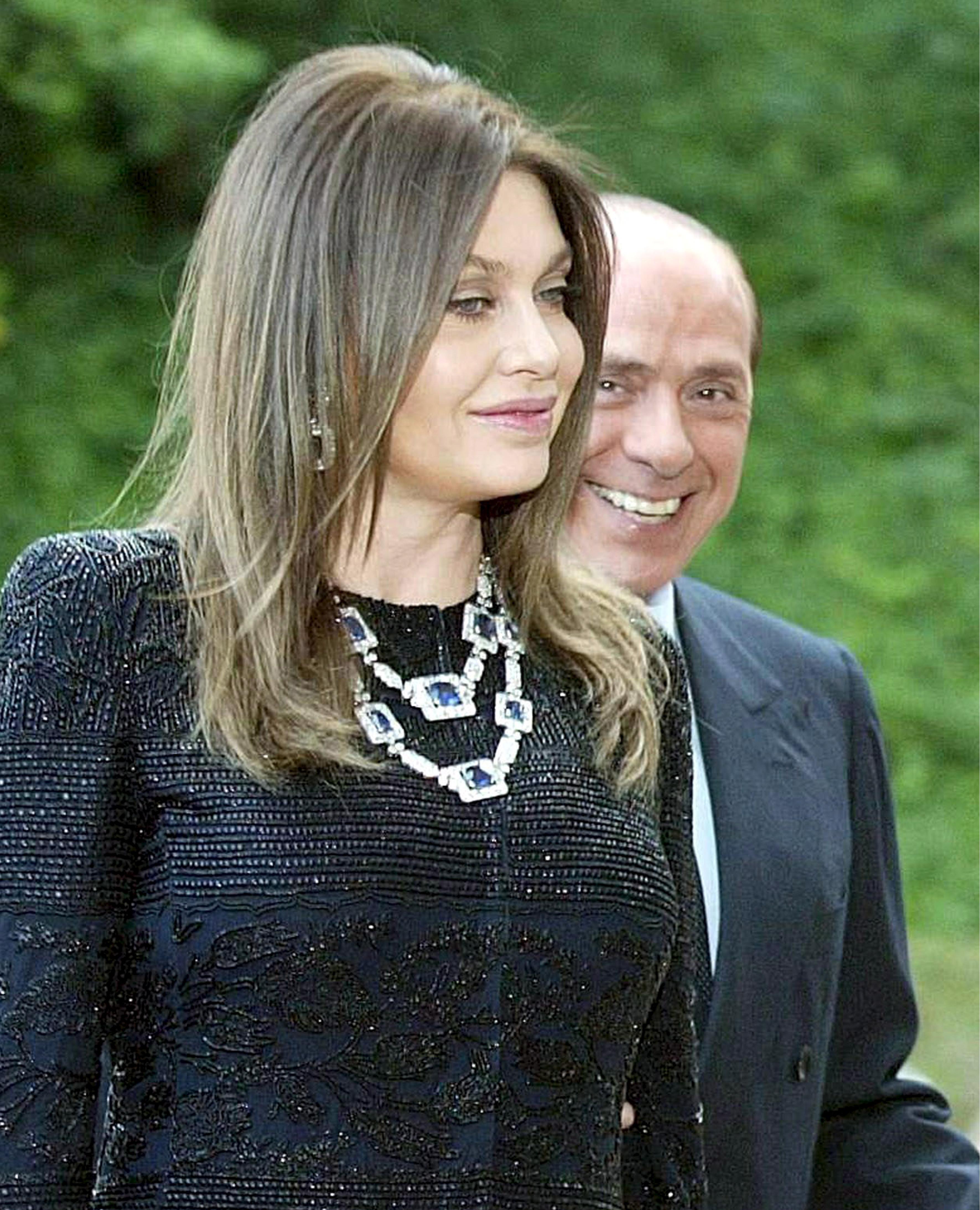 Fosta soție a lui Silvio Berlusconi trebuie să-i înapoieze 60 de milioane de euro