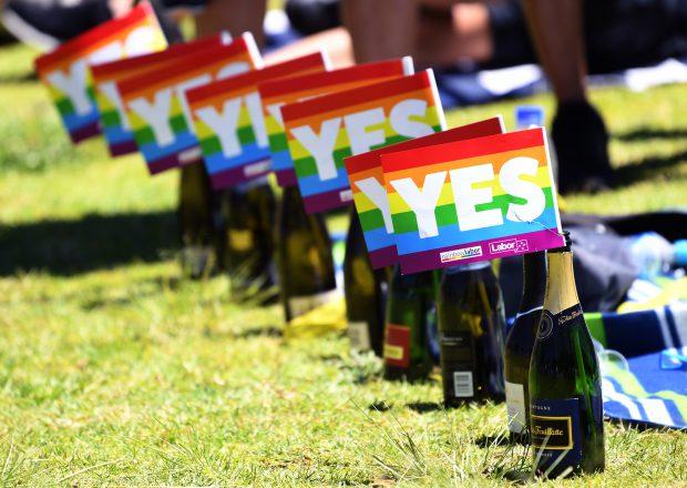 Australienii vor legalizarea căsătoriile gay