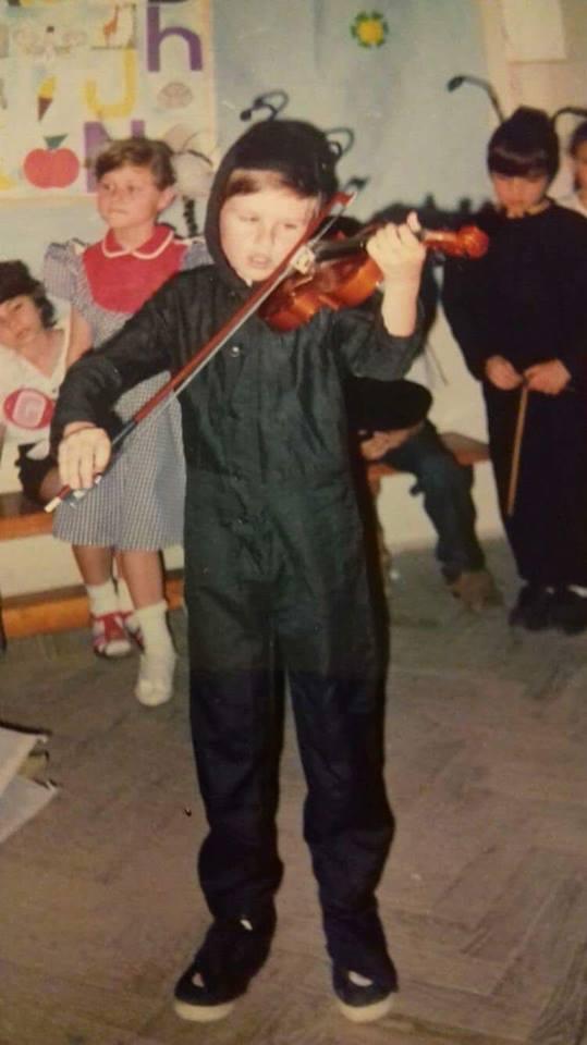Ce făcea și cum arăta Florin Ristei în urmă cu 24 ani | FOTO
