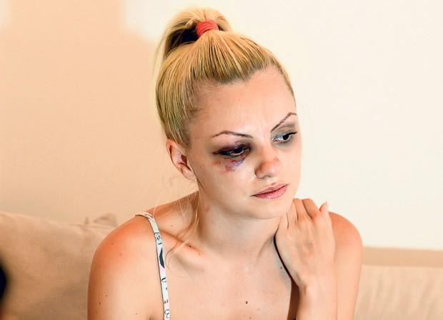 FOTO EXCLUSIV/Impresarul care a rupt-o în bătaie pe Alexandra Stan s-a făcut băiat cuminte. Cum a fost surprins Marcel Prodan